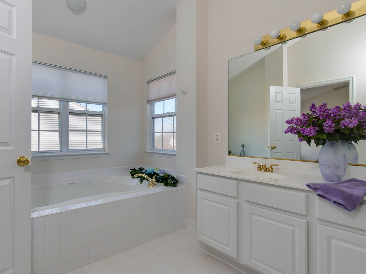 2906_mbath-2 Brookgreen Fairfax Real Estate Listings - Best of Northern Virginia