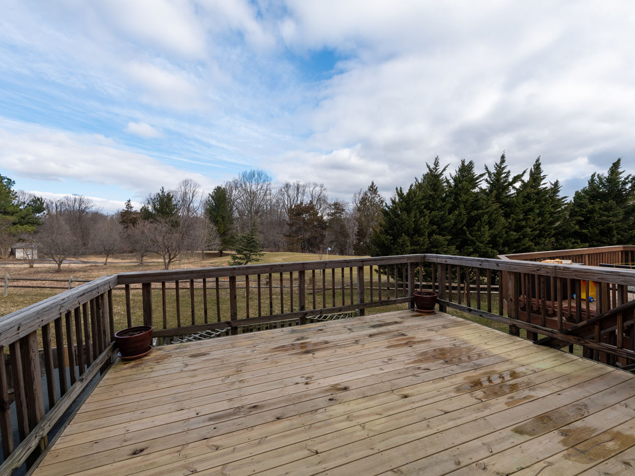 3417_deck-1  |   | Alexandria Delaware Real Estate For Sale | MLS# Vafx995152  - Best of Northern Virginia