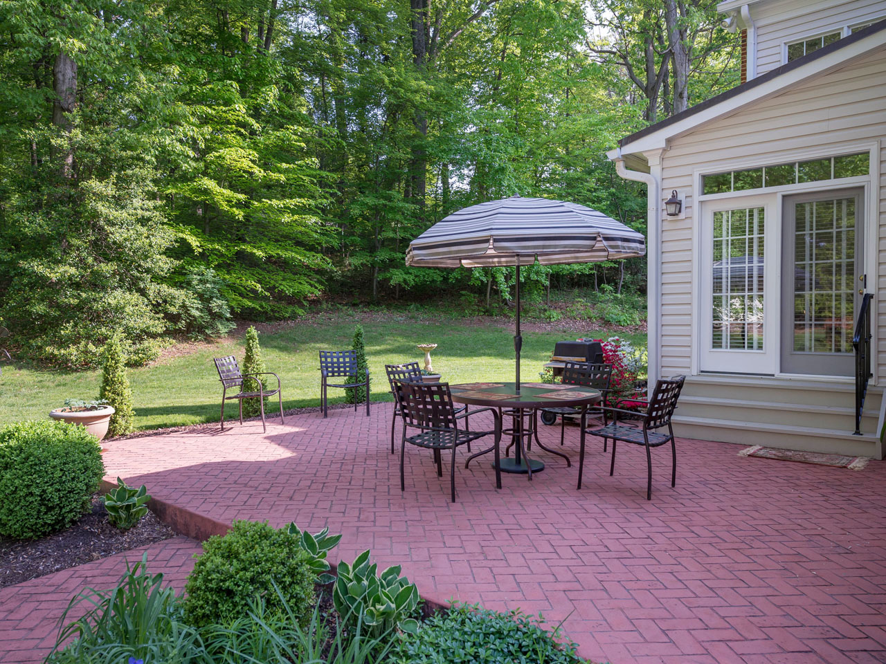 3311_patio-100a  |   | Annandale Delaware Real Estate For Sale | MLS# Vafx867128  - Best of Northern Virginia