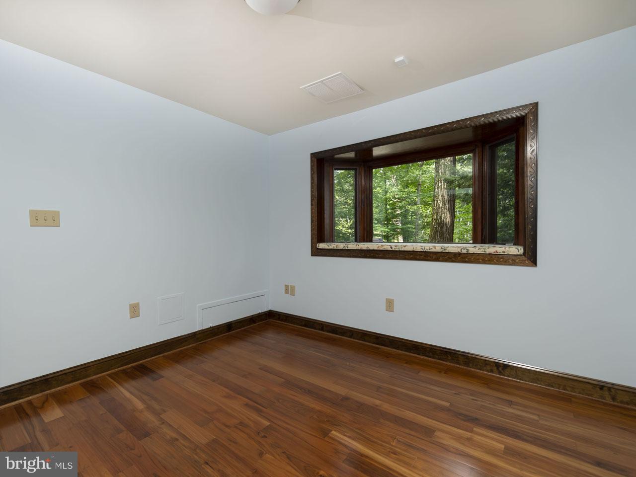 1002303700-300502417922-2021-07-22-03-27-23  |   | Alexandria Delaware Real Estate For Sale | MLS# 1002303700  - Best of Northern Virginia