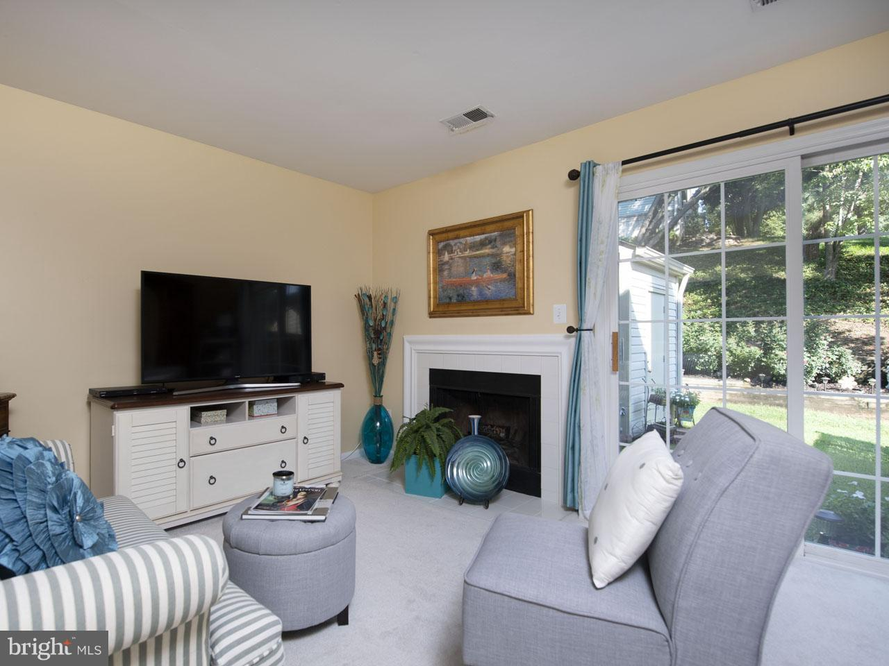 1002640508-300537941326-2021-07-22-05-00-38     Pinecrest   Alexandria Delaware Real Estate For Sale   MLS# 1002640508  - Best of Northern Virginia