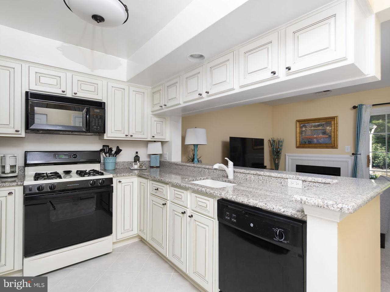 1002640508-300537942763-2021-07-22-05-00-37     Pinecrest   Alexandria Delaware Real Estate For Sale   MLS# 1002640508  - Best of Northern Virginia