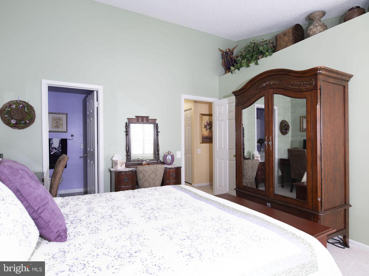 1002640508-300537944011-2021-07-22-05-00-38     Pinecrest   Alexandria Delaware Real Estate For Sale   MLS# 1002640508  - Best of Northern Virginia