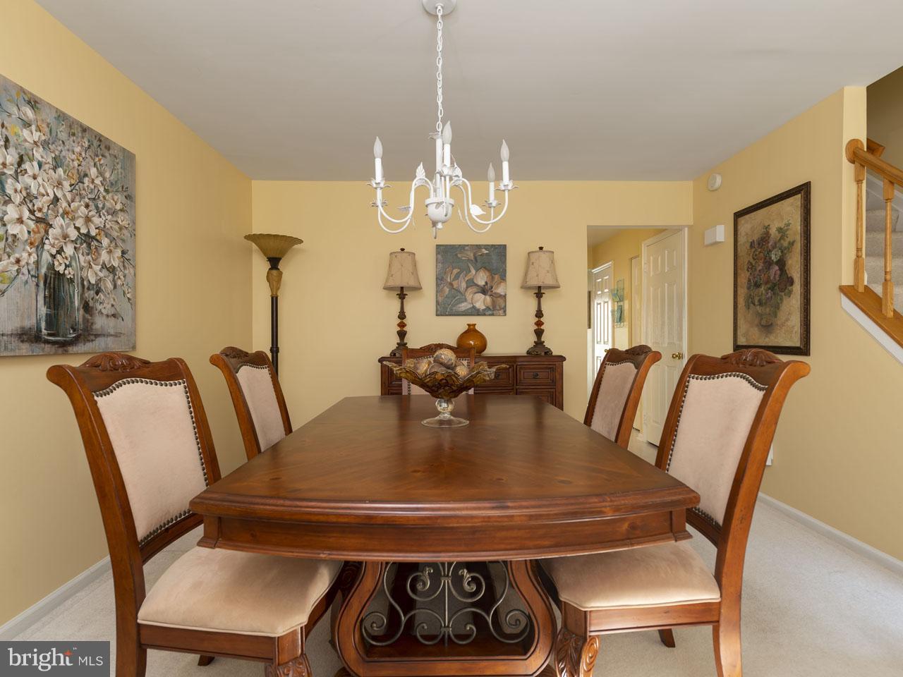 1002640508-300537944179-2021-07-22-05-00-36     Pinecrest   Alexandria Delaware Real Estate For Sale   MLS# 1002640508  - Best of Northern Virginia
