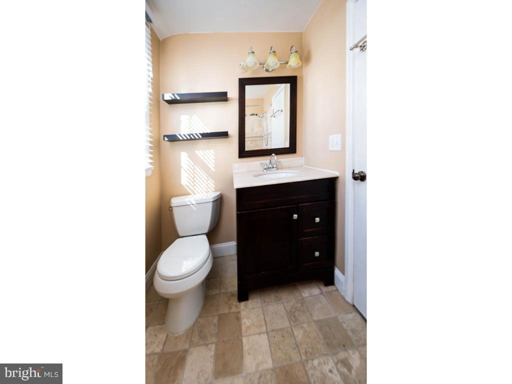 VAAR176172-304486525355-2021-07-15-13-01-43  |  Fairlington Commons | Arlington Delaware Real Estate For Sale | MLS# Vaar176172  - Best of Northern Virginia