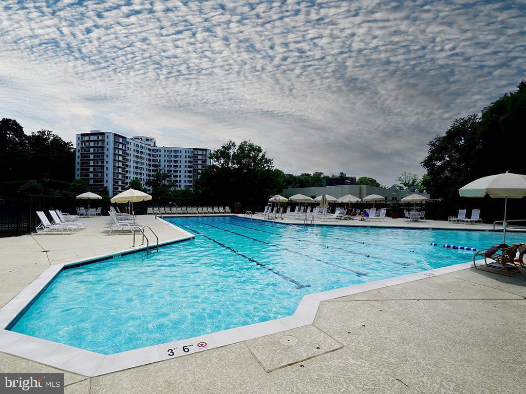 VAAR178638-304536034333-2021-07-15-21-38-24  |  Belvedere | Arlington Delaware Real Estate For Sale | MLS# Vaar178638  - Best of Northern Virginia