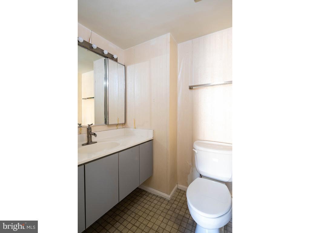 VAAR178638-304536035374-2021-07-15-21-38-25  |  Belvedere | Arlington Delaware Real Estate For Sale | MLS# Vaar178638  - Best of Northern Virginia