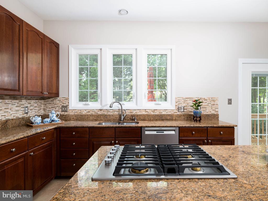 VAFC121584-304646792258-2021-07-15-02-30-12        Fairfax Delaware Real Estate For Sale   MLS# Vafc121584  - Best of Northern Virginia