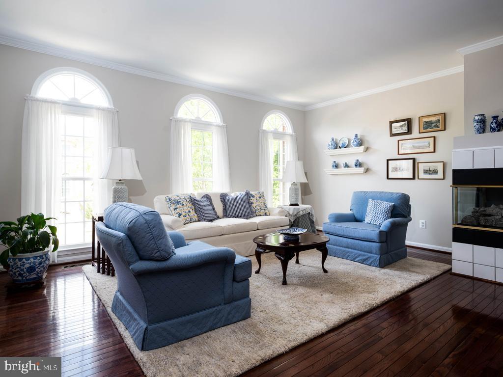 VAFC121584-304646793822-2021-07-15-02-30-11        Fairfax Delaware Real Estate For Sale   MLS# Vafc121584  - Best of Northern Virginia