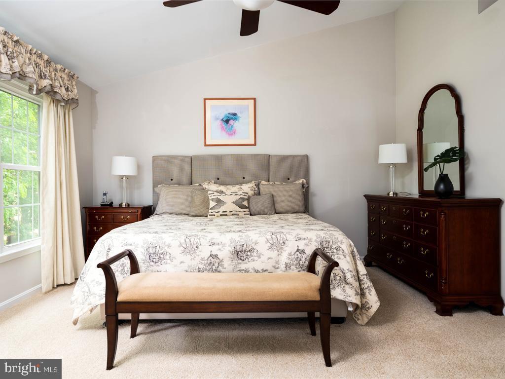 VAFC121584-304646793868-2021-07-15-02-30-10        Fairfax Delaware Real Estate For Sale   MLS# Vafc121584  - Best of Northern Virginia