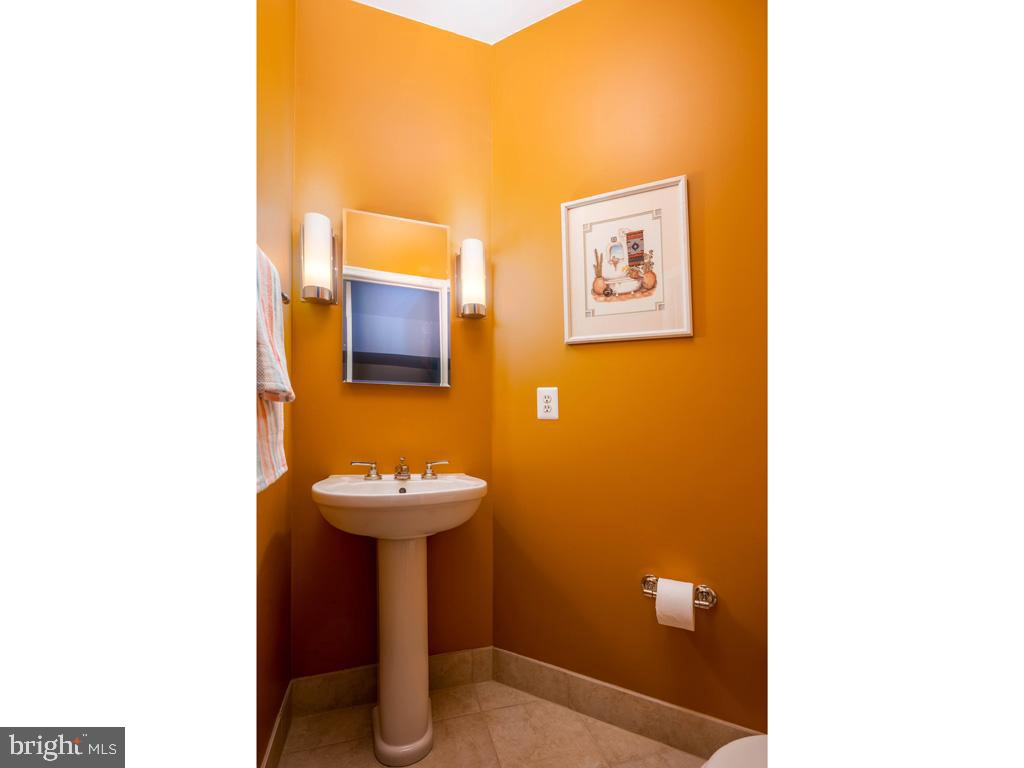 VAFC121584-304646793918-2021-07-15-02-30-10        Fairfax Delaware Real Estate For Sale   MLS# Vafc121584  - Best of Northern Virginia
