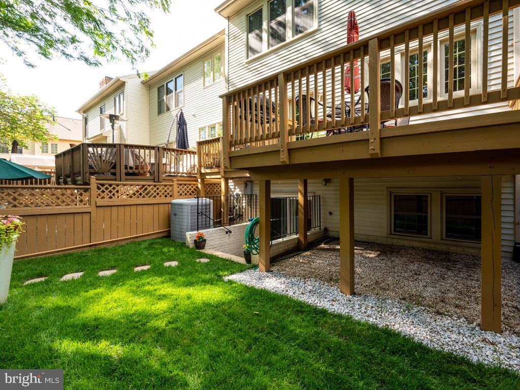 VAFC121584-304646795127-2021-07-15-02-30-12        Fairfax Delaware Real Estate For Sale   MLS# Vafc121584  - Best of Northern Virginia