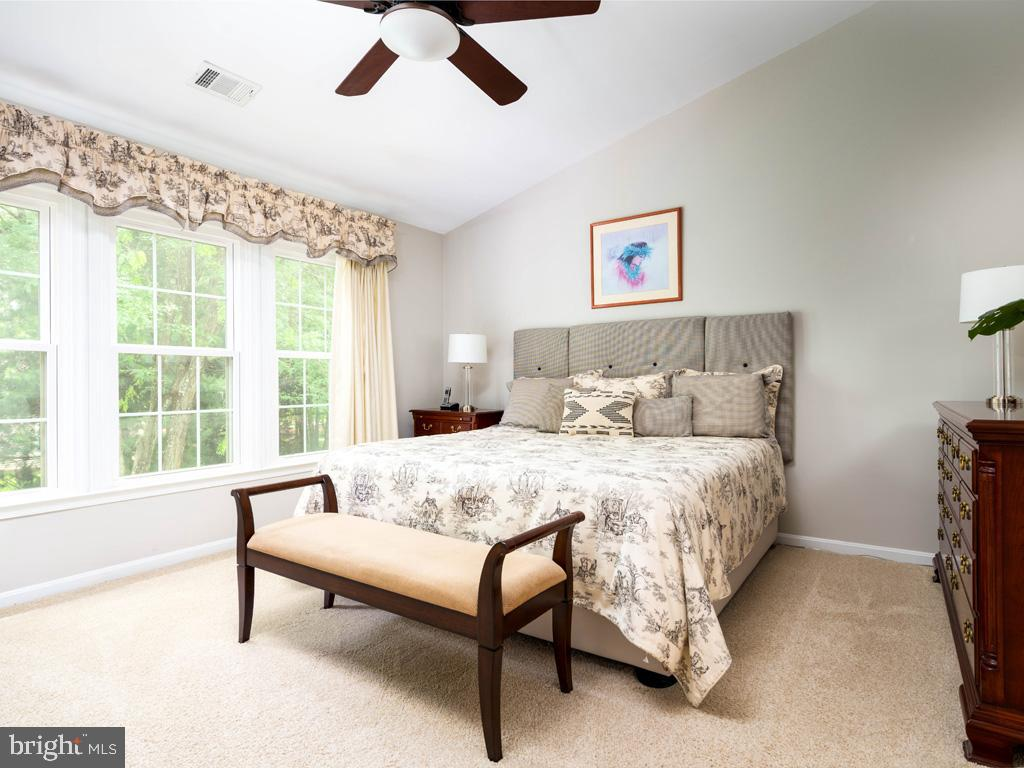 VAFC121584-304646795455-2021-07-15-02-30-10        Fairfax Delaware Real Estate For Sale   MLS# Vafc121584  - Best of Northern Virginia