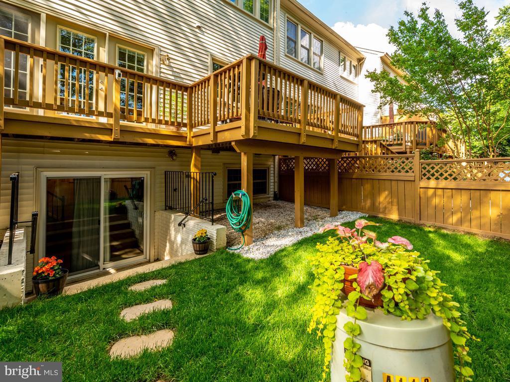 VAFC121584-304646795812-2021-07-15-02-30-11        Fairfax Delaware Real Estate For Sale   MLS# Vafc121584  - Best of Northern Virginia