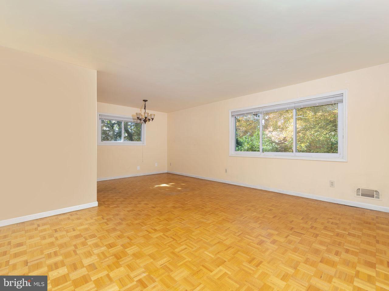 VAFX101488-300978890058-2021-09-05-13-51-04  |   | Annandale Delaware Real Estate For Sale | MLS# Vafx101488  - Best of Northern Virginia