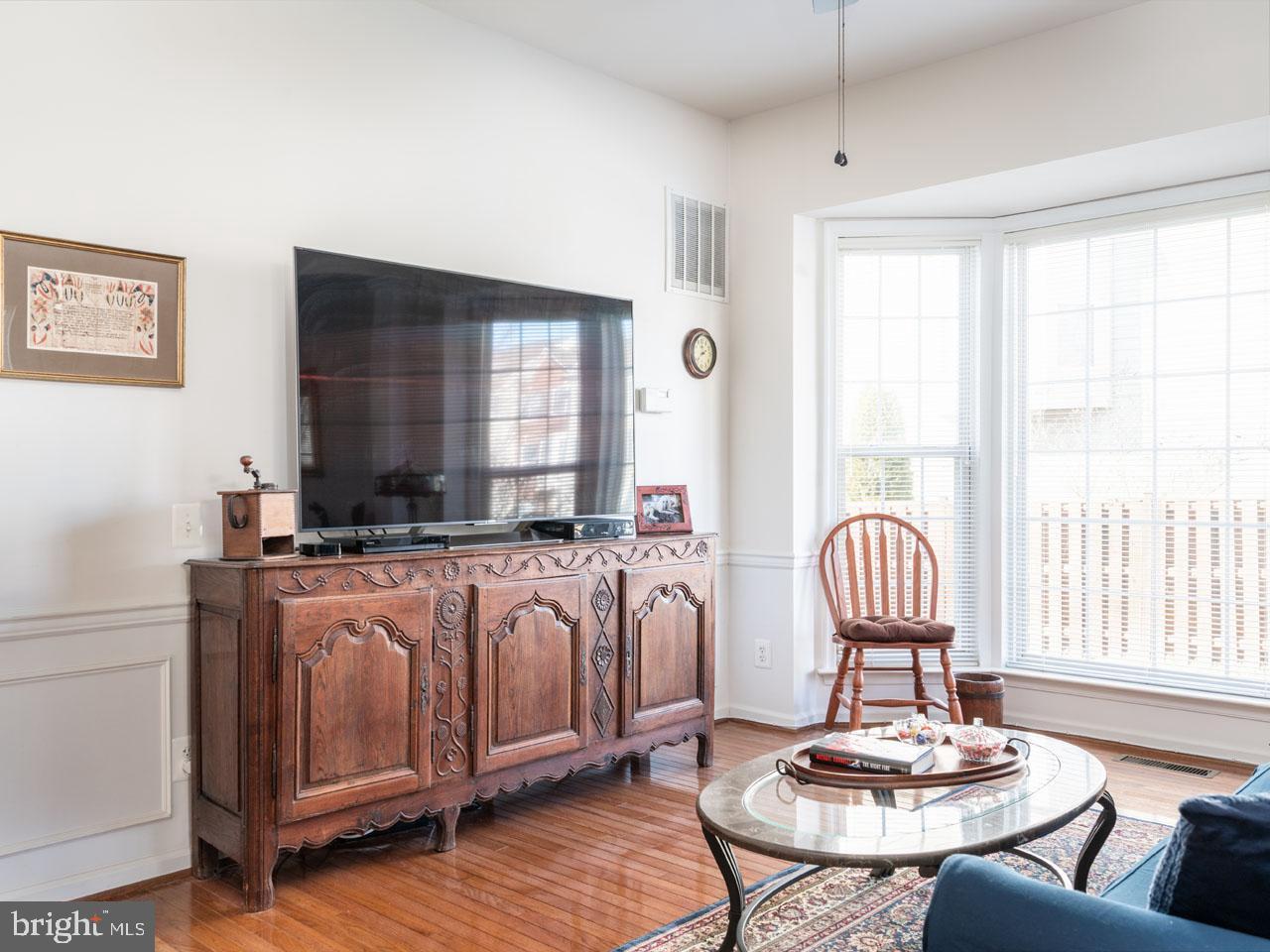 VAFX1104336-302201656777-2021-07-16-19-45-23  |   | Alexandria Delaware Real Estate For Sale | MLS# Vafx1104336  - Best of Northern Virginia