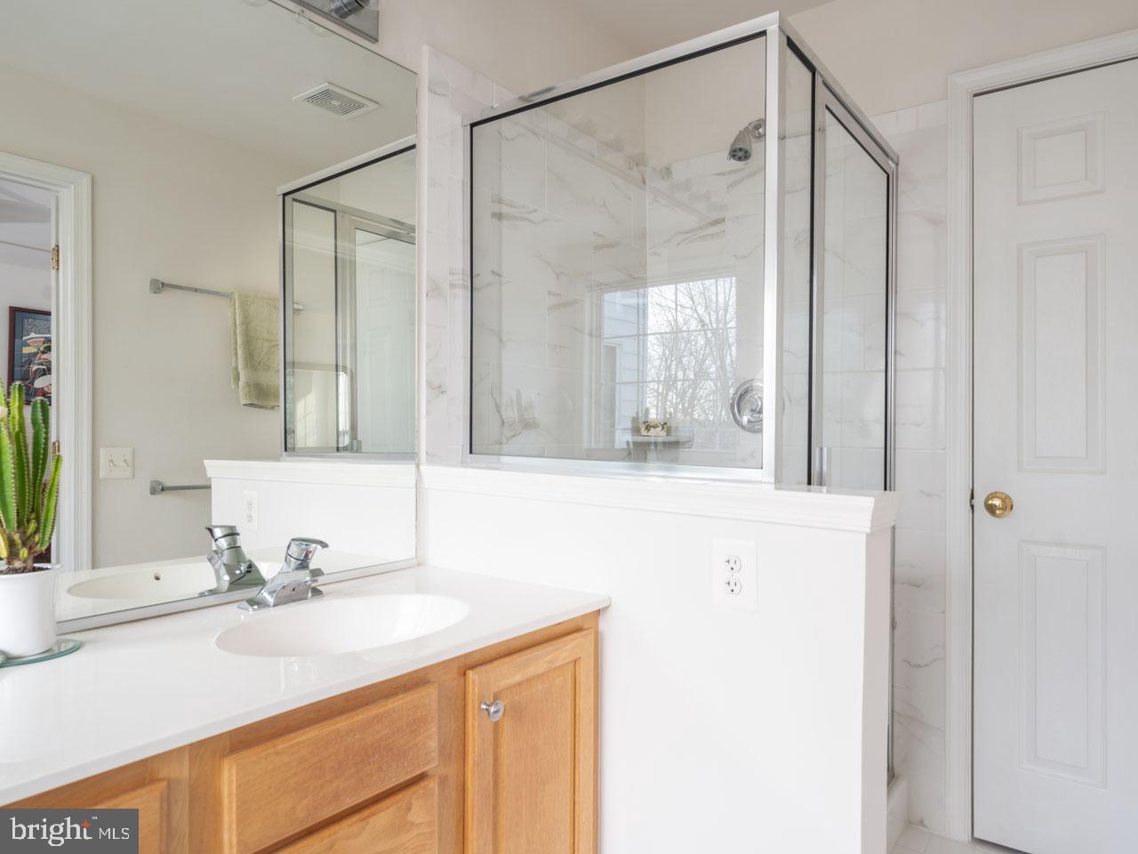 VAFX1104336-302201656841-2021-07-16-19-45-23  |   | Alexandria Delaware Real Estate For Sale | MLS# Vafx1104336  - Best of Northern Virginia