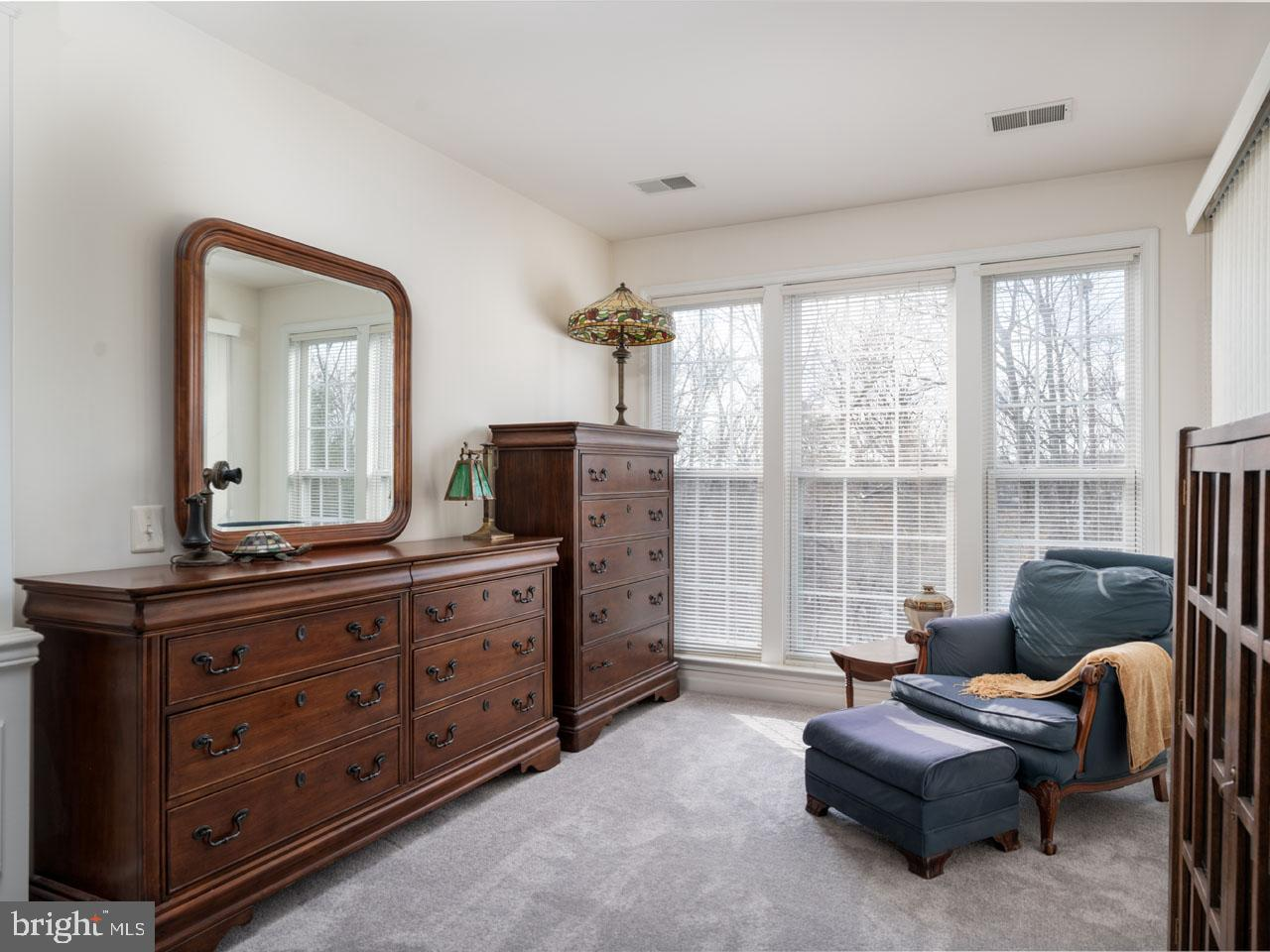 VAFX1104336-302201656845-2021-07-16-19-45-24  |   | Alexandria Delaware Real Estate For Sale | MLS# Vafx1104336  - Best of Northern Virginia