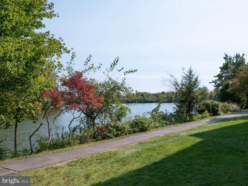 VAFX1166940-304394188057-2021-07-16-19-45-16        Alexandria Delaware Real Estate For Sale   MLS# Vafx1166940  - Best of Northern Virginia