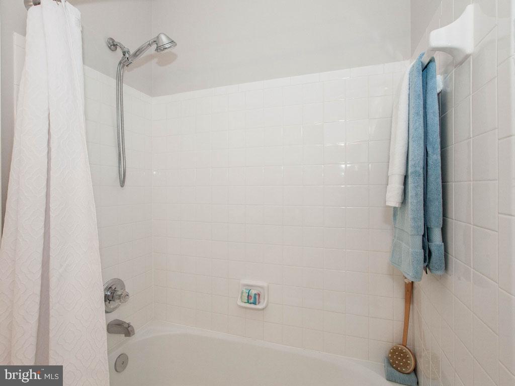 VAFX1166940-304422582079-2021-07-16-19-45-15        Alexandria Delaware Real Estate For Sale   MLS# Vafx1166940  - Best of Northern Virginia