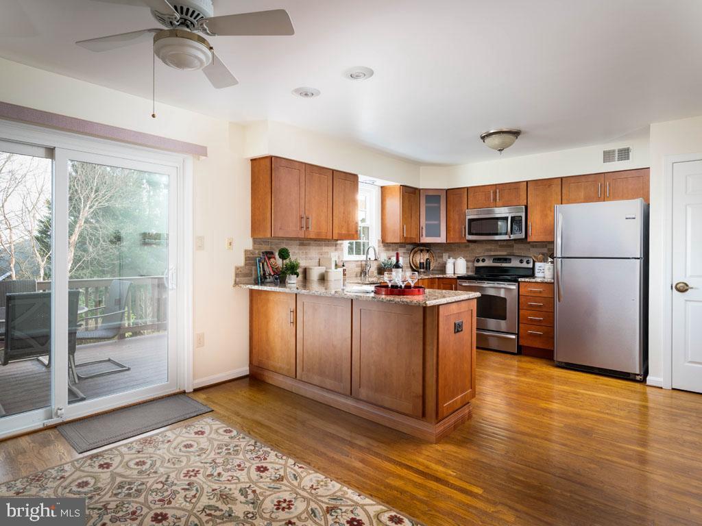 VAFX1168526-304431263753-2021-07-16-14-25-09  |   | Alexandria Delaware Real Estate For Sale | MLS# Vafx1168526  - Best of Northern Virginia