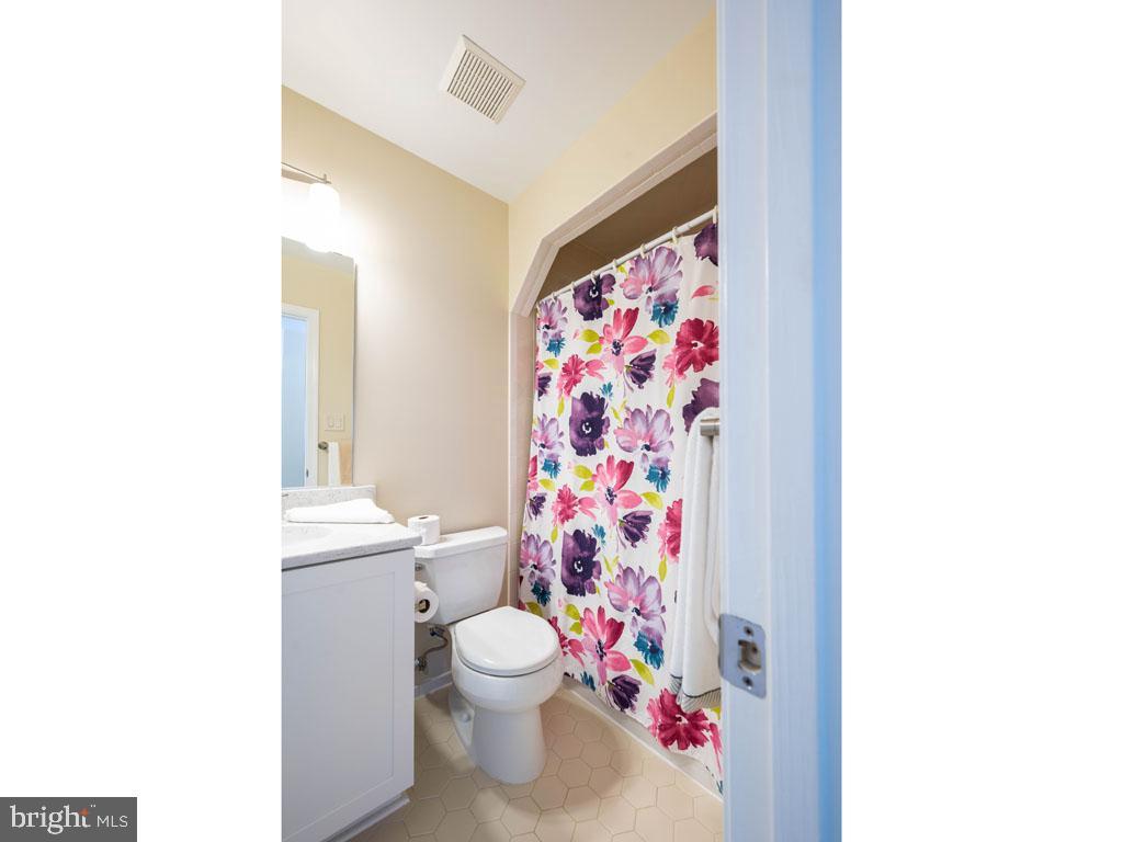 VAFX1168526-304431263795-2021-07-16-14-25-10  |   | Alexandria Delaware Real Estate For Sale | MLS# Vafx1168526  - Best of Northern Virginia