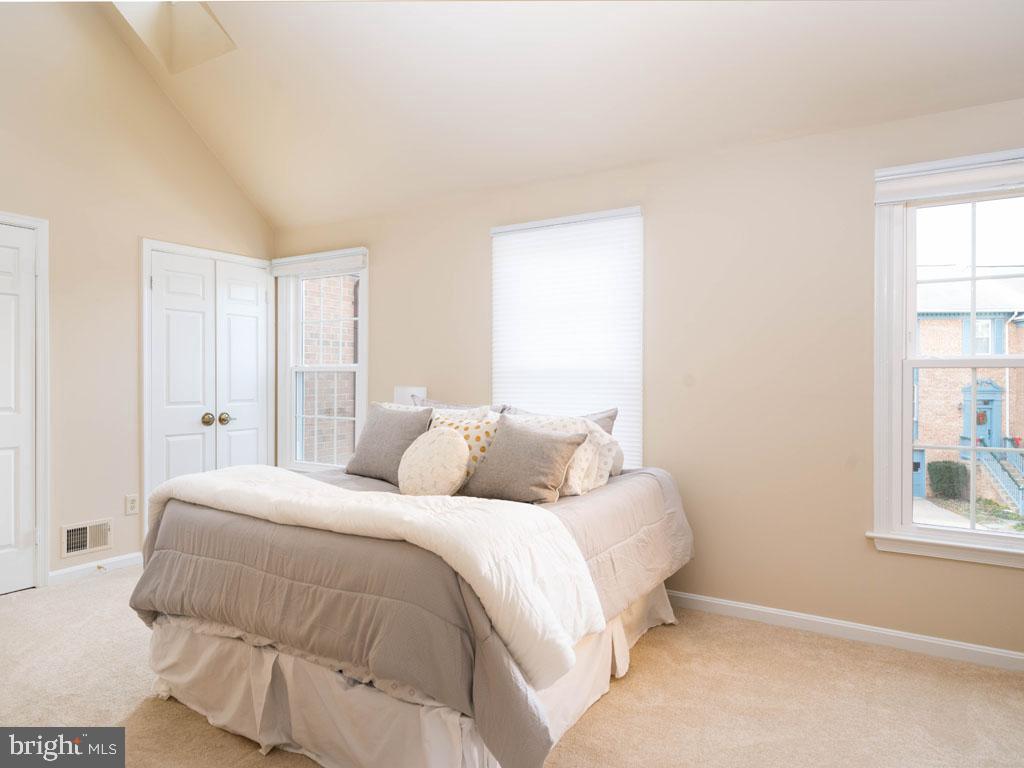 VAFX1168526-304431264426-2021-07-16-14-25-09  |   | Alexandria Delaware Real Estate For Sale | MLS# Vafx1168526  - Best of Northern Virginia