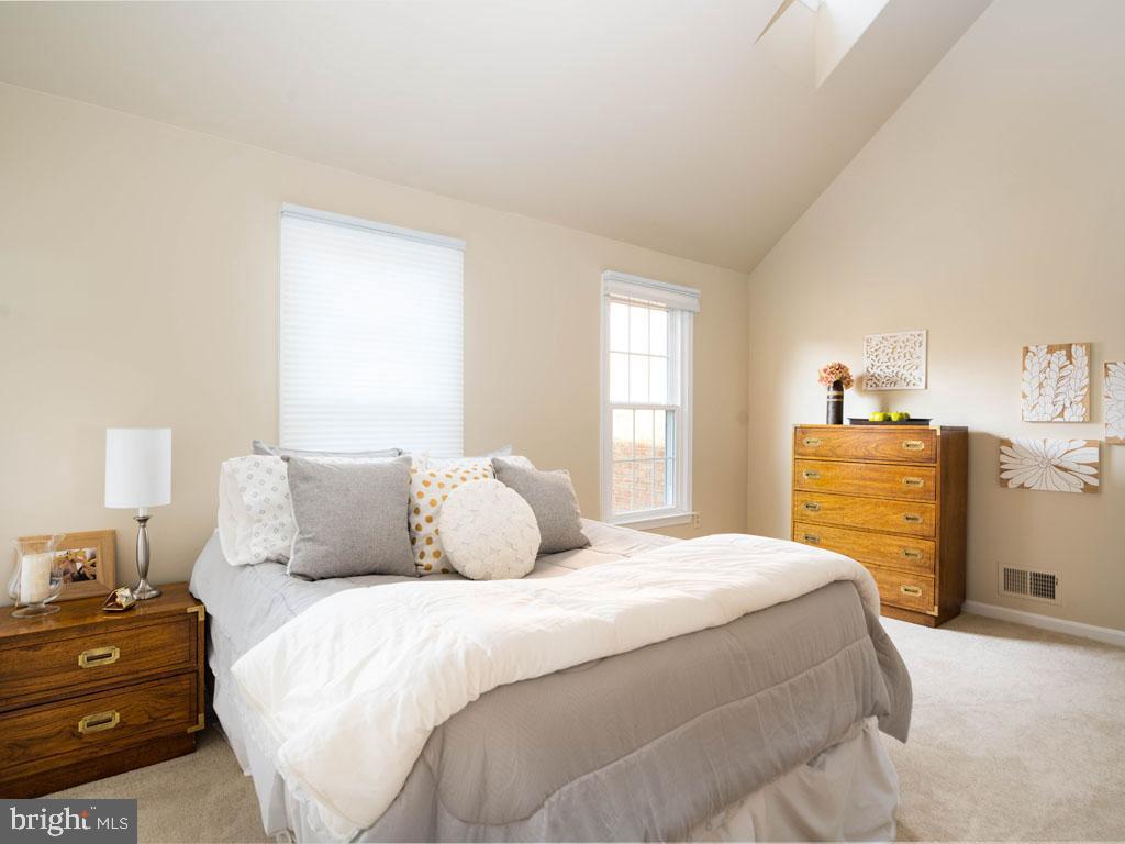VAFX1168526-304431264430-2021-07-16-14-25-10  |   | Alexandria Delaware Real Estate For Sale | MLS# Vafx1168526  - Best of Northern Virginia