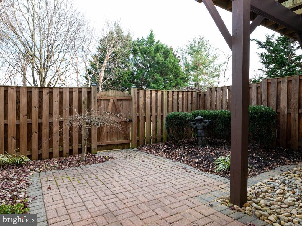 VAFX1168526-304431264434-2021-07-16-14-25-10  |   | Alexandria Delaware Real Estate For Sale | MLS# Vafx1168526  - Best of Northern Virginia