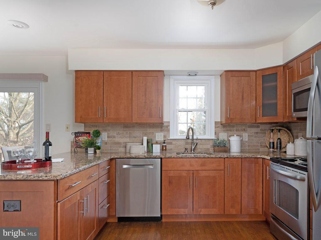 VAFX1168526-304431306025-2021-07-16-14-25-10  |   | Alexandria Delaware Real Estate For Sale | MLS# Vafx1168526  - Best of Northern Virginia
