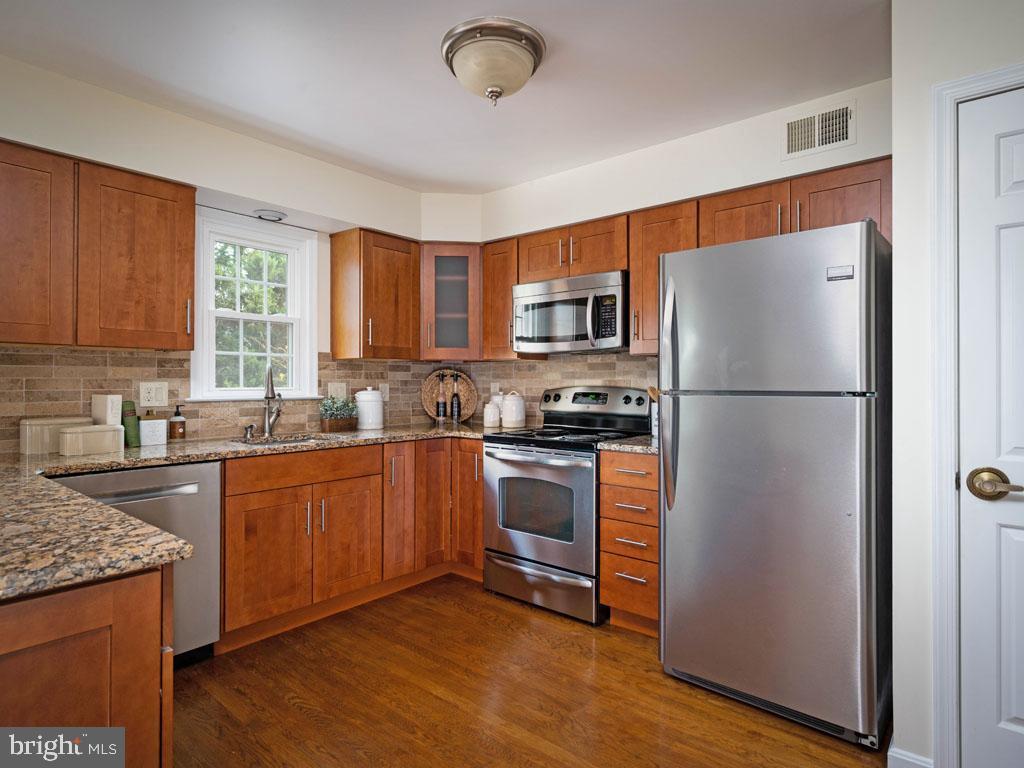 VAFX1168526-304431306029-2021-07-16-14-25-10  |   | Alexandria Delaware Real Estate For Sale | MLS# Vafx1168526  - Best of Northern Virginia