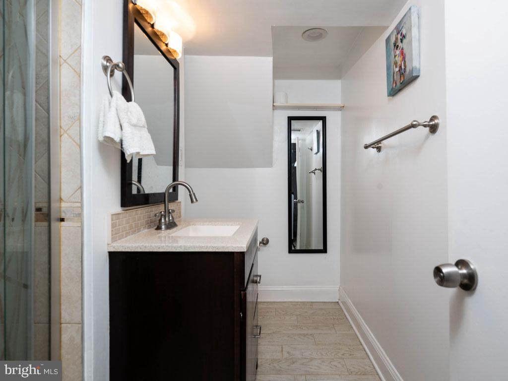 VAFX1175220-304452978319-2021-07-15-11-21-03  |   | Annandale Delaware Real Estate For Sale | MLS# Vafx1175220  - Best of Northern Virginia