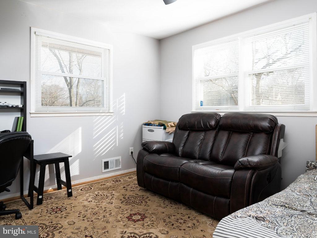 VAFX1175220-304452978404-2021-07-15-11-21-06  |   | Annandale Delaware Real Estate For Sale | MLS# Vafx1175220  - Best of Northern Virginia