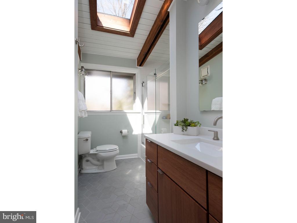 VAFX1183548-304522542850-2021-07-15-21-44-22  |   | Falls Church Delaware Real Estate For Sale | MLS# Vafx1183548  - Best of Northern Virginia