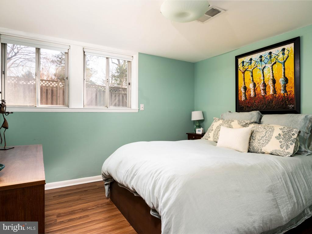 VAFX1183548-304522542865-2021-07-15-21-44-21  |   | Falls Church Delaware Real Estate For Sale | MLS# Vafx1183548  - Best of Northern Virginia