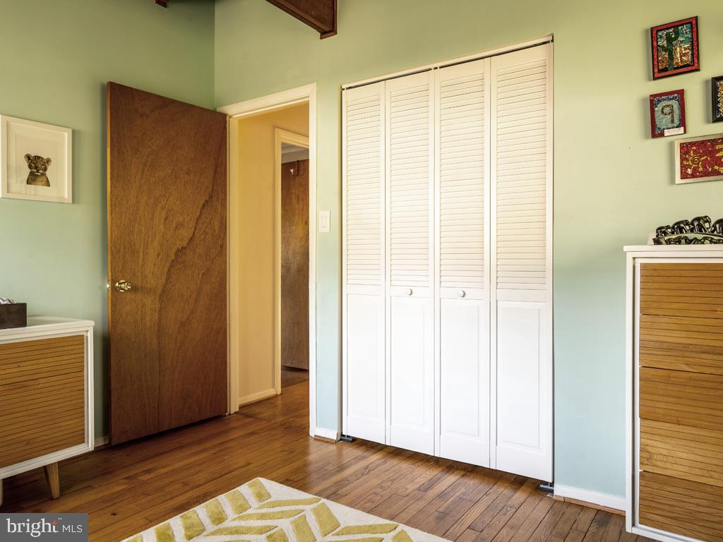 VAFX1183548-304522542890-2021-07-15-21-44-21  |   | Falls Church Delaware Real Estate For Sale | MLS# Vafx1183548  - Best of Northern Virginia