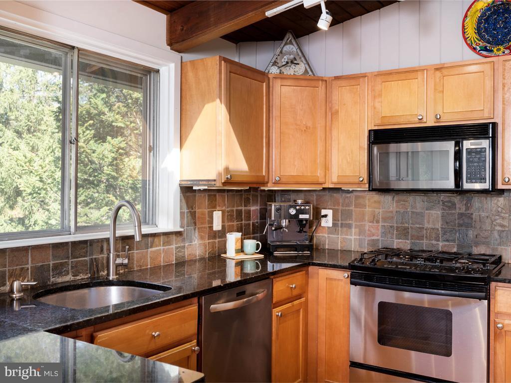 VAFX1183548-304522542929-2021-07-15-21-44-21  |   | Falls Church Delaware Real Estate For Sale | MLS# Vafx1183548  - Best of Northern Virginia
