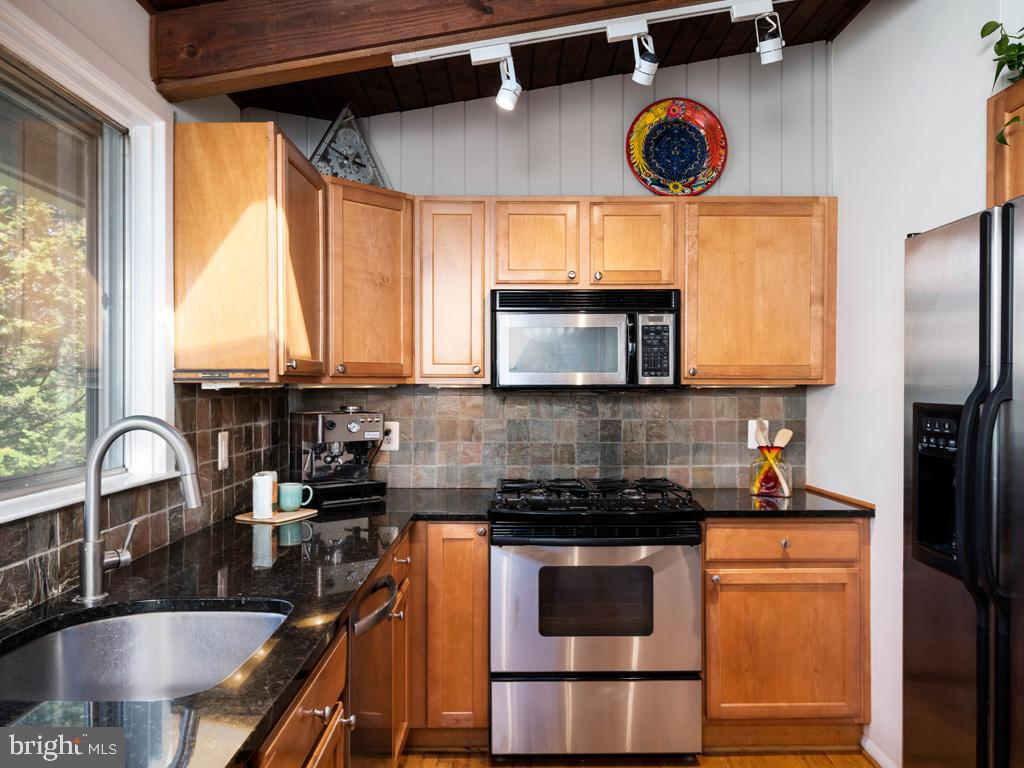 VAFX1183548-304522542939-2021-07-15-21-44-21  |   | Falls Church Delaware Real Estate For Sale | MLS# Vafx1183548  - Best of Northern Virginia
