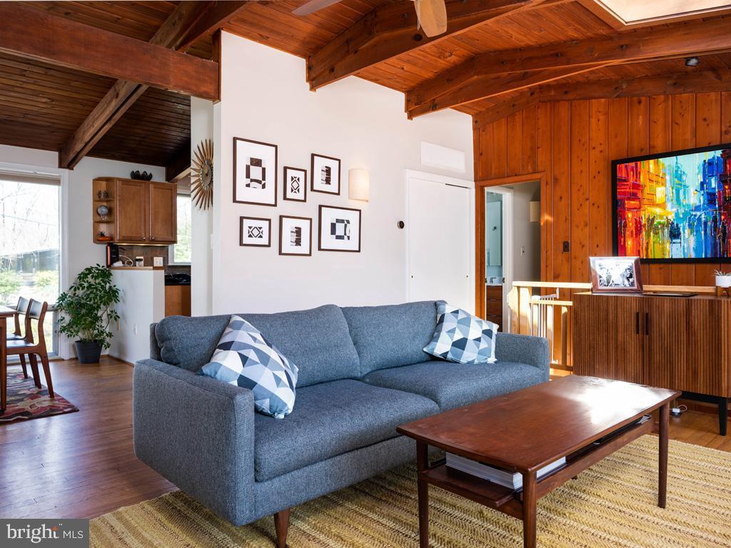 VAFX1183548-304522543005-2021-07-15-21-44-22  |   | Falls Church Delaware Real Estate For Sale | MLS# Vafx1183548  - Best of Northern Virginia