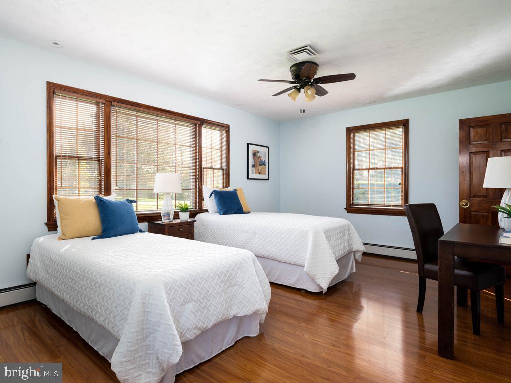 VAFX1185520-304546152097-2021-07-15-22-10-31  |   | Alexandria Delaware Real Estate For Sale | MLS# Vafx1185520  - Best of Northern Virginia