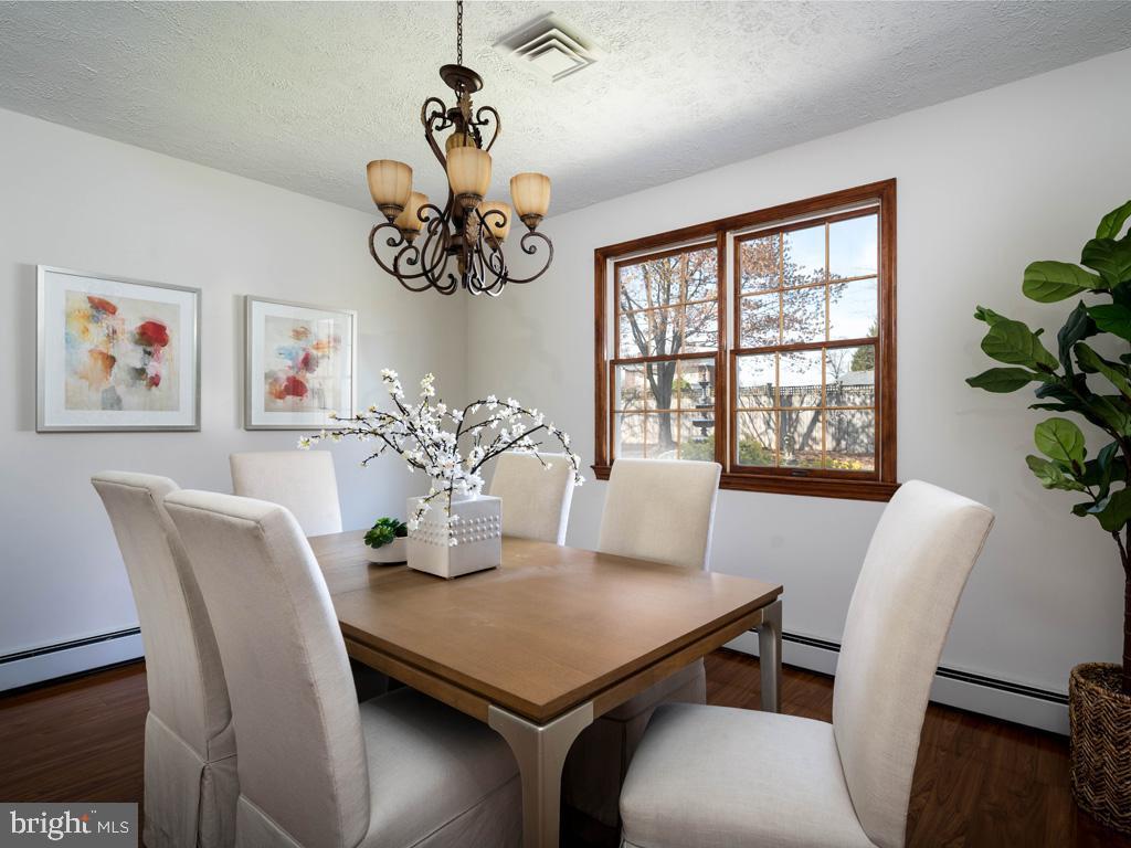 VAFX1185520-304546152135-2021-07-15-22-10-30  |   | Alexandria Delaware Real Estate For Sale | MLS# Vafx1185520  - Best of Northern Virginia