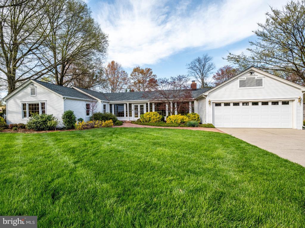 VAFX1185520-304546152147-2021-07-15-22-10-28  |   | Alexandria Delaware Real Estate For Sale | MLS# Vafx1185520  - Best of Northern Virginia