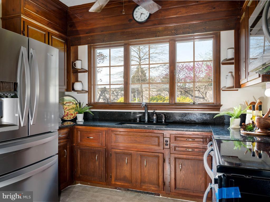VAFX1185520-304546152273-2021-07-15-22-10-29  |   | Alexandria Delaware Real Estate For Sale | MLS# Vafx1185520  - Best of Northern Virginia