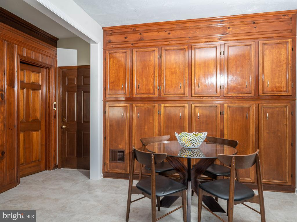 VAFX1185520-304546152315-2021-07-15-22-10-30  |   | Alexandria Delaware Real Estate For Sale | MLS# Vafx1185520  - Best of Northern Virginia