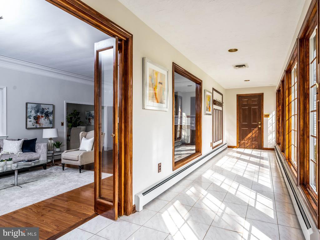 VAFX1185520-304546152918-2021-07-15-22-10-29  |   | Alexandria Delaware Real Estate For Sale | MLS# Vafx1185520  - Best of Northern Virginia