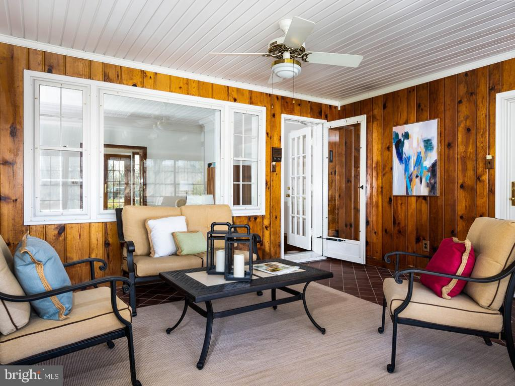 VAFX1185520-304546153300-2021-07-15-22-10-29  |   | Alexandria Delaware Real Estate For Sale | MLS# Vafx1185520  - Best of Northern Virginia
