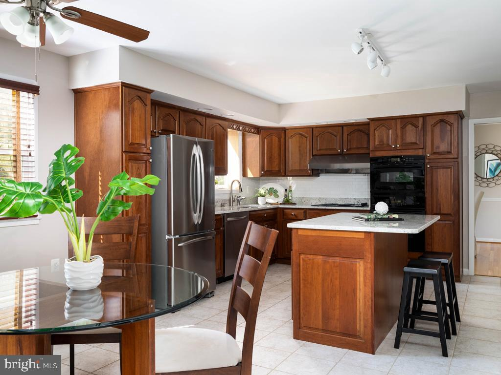VAFX1191842-304550660567-2021-07-15-22-10-47  |   | Annandale Delaware Real Estate For Sale | MLS# Vafx1191842  - Best of Northern Virginia