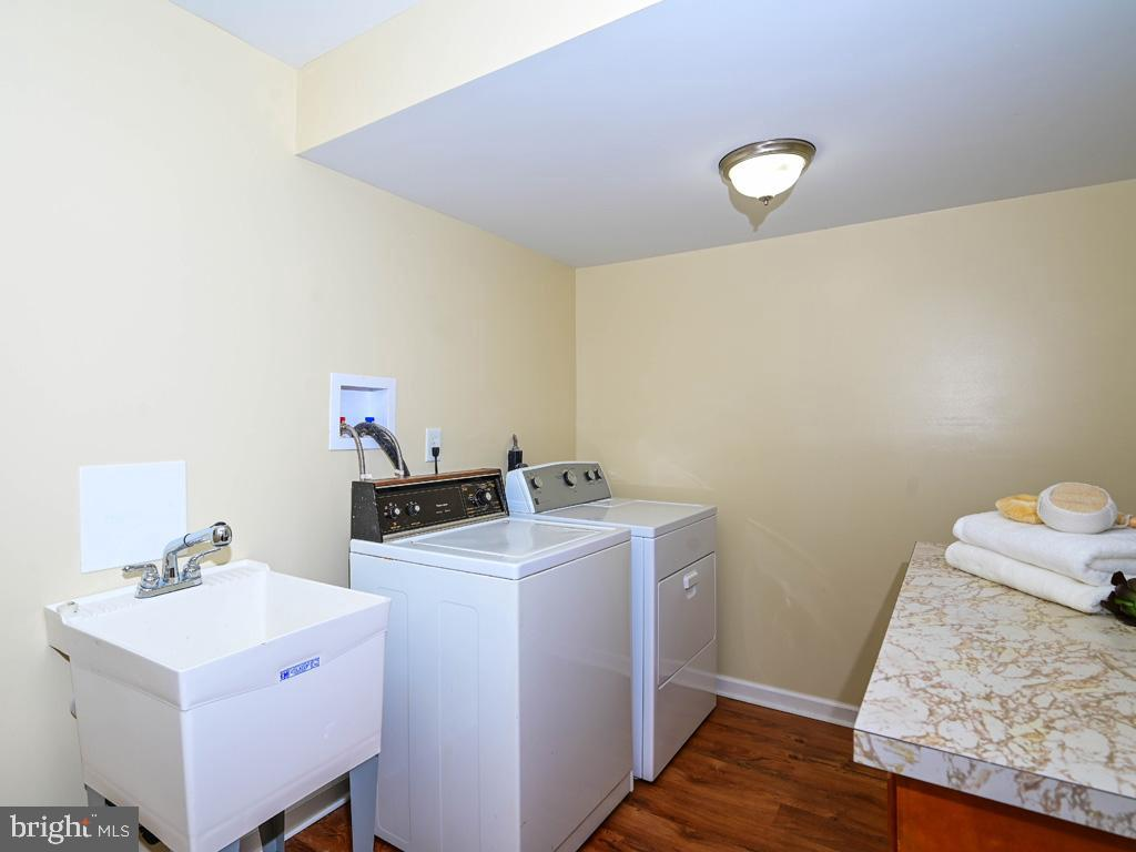 VAFX1191842-304550660575-2021-07-15-22-10-48  |   | Annandale Delaware Real Estate For Sale | MLS# Vafx1191842  - Best of Northern Virginia