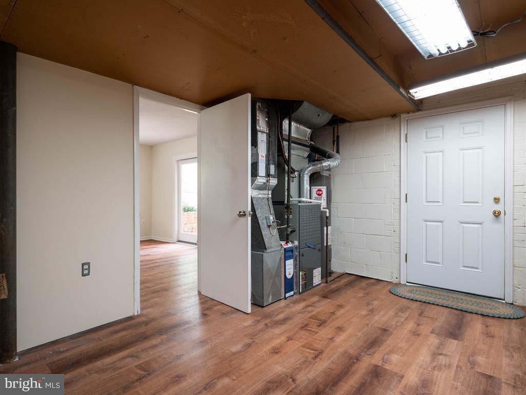 VAFX1191842-304550660640-2021-07-15-22-10-48  |   | Annandale Delaware Real Estate For Sale | MLS# Vafx1191842  - Best of Northern Virginia