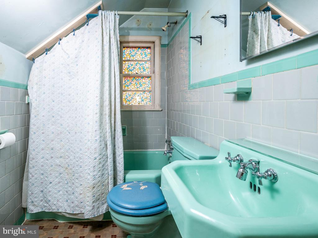 VAFX1193654-304572512494-2021-07-15-22-36-47        Falls Church Delaware Real Estate For Sale   MLS# Vafx1193654  - Best of Northern Virginia